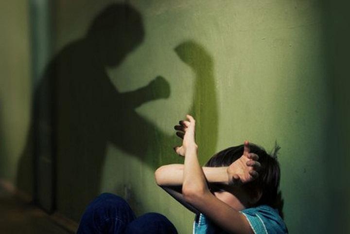 МВД: гражданин Ижевска подозревается в беспощадном обращении сдетьми