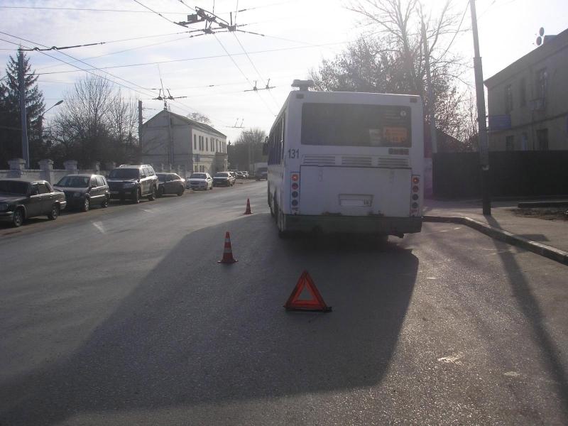 ВТамбове изавтобуса выпала пенсионерка