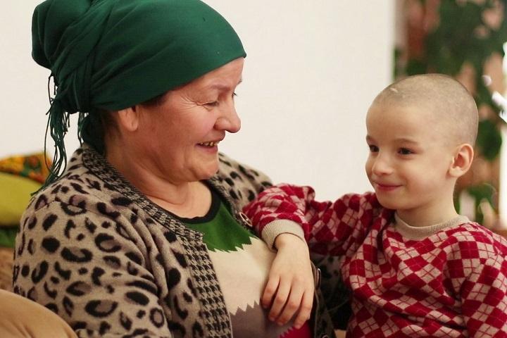 Многодетная мать изМахачкалы усыновит еще четверых детей-инвалидов