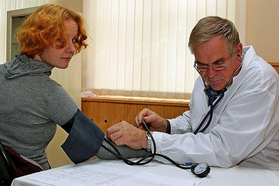 ВЗаполярье доктор клиники РЖД завзятки выдавал справки обеременности