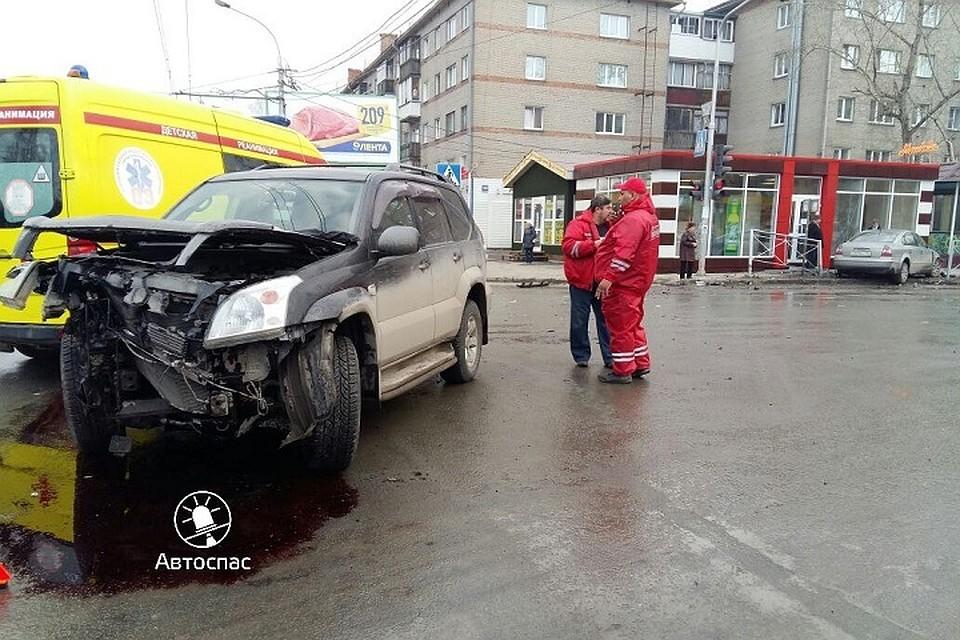 ВДТП вНовосибирске пострадал шофёр ипассажир-ребенок
