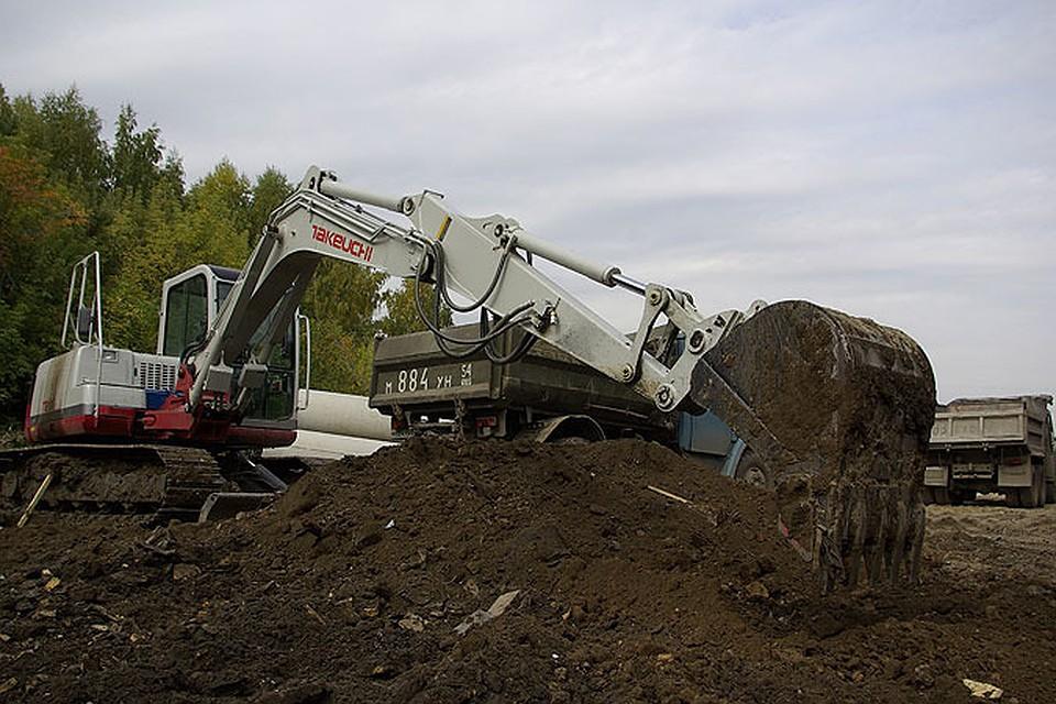 ВНовосибирской области мужчина угнал трактор, чтобы уехать вБурятию