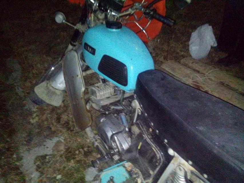 ВТобольске мотоциклист вылетел вкювет