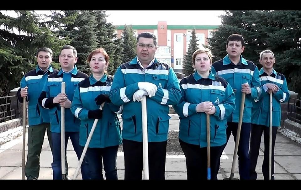 Мэр башкирского Благовещенска снялся впародии наклип «Тает лед»