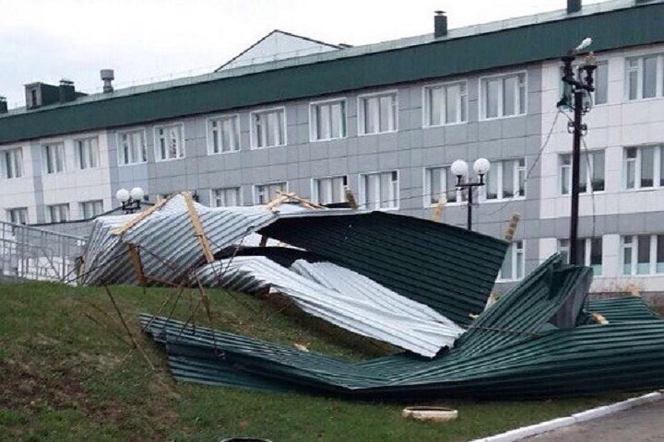 Сильный ветер сломал крыши домов вЧеремшанском районе Татарстана