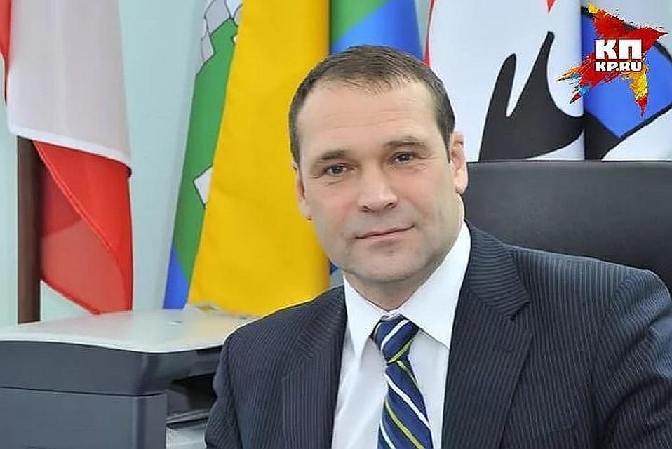 Экс-главе Верх-Исетского района продлили домашний арест