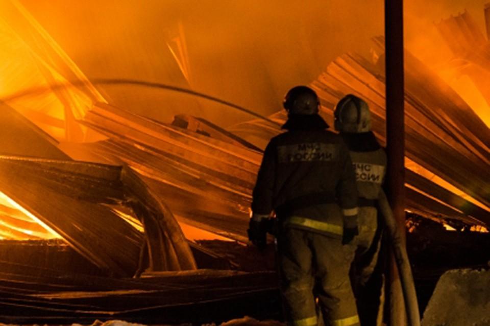 Вцеху попроизводству брусчатки под Хабаровском произошел сверепый пожар