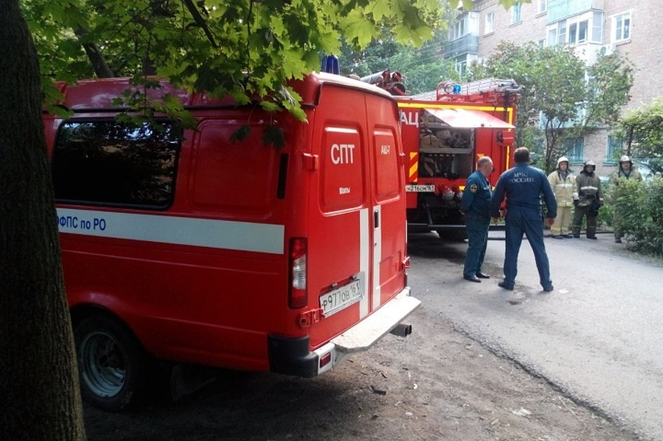 Двое мужчин насмерть задохнулись дымом впожаре  вмногоэтажке Ростовской области