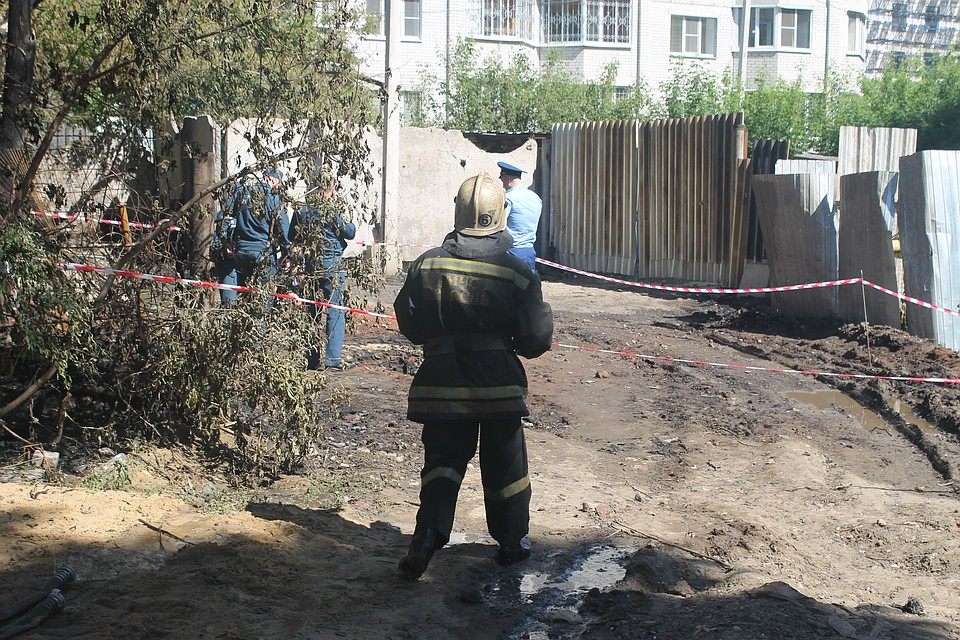 Пламенный столб: вВоронеже загоревшаяся газовая труба угодила навидео