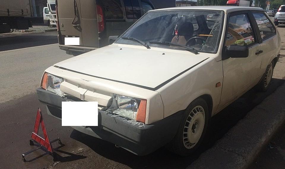 ВИжевске шофёр «восьмерки» сбил женщину с сыном напешеходном переходе
