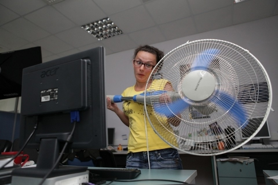 Каждый 7-мой калининградец готов уволиться из-за некомфортной температуры вофисе— Опрос