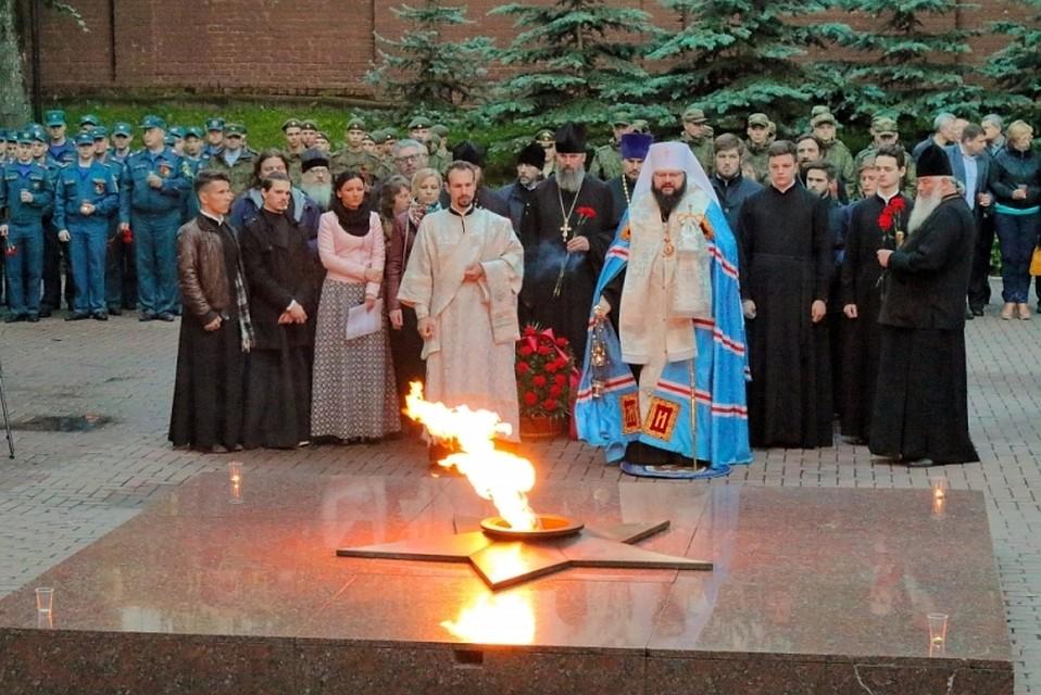 Студенты Челябинского отдела РАНХиГС присоединились квсероссийской акции «Свеча памяти»
