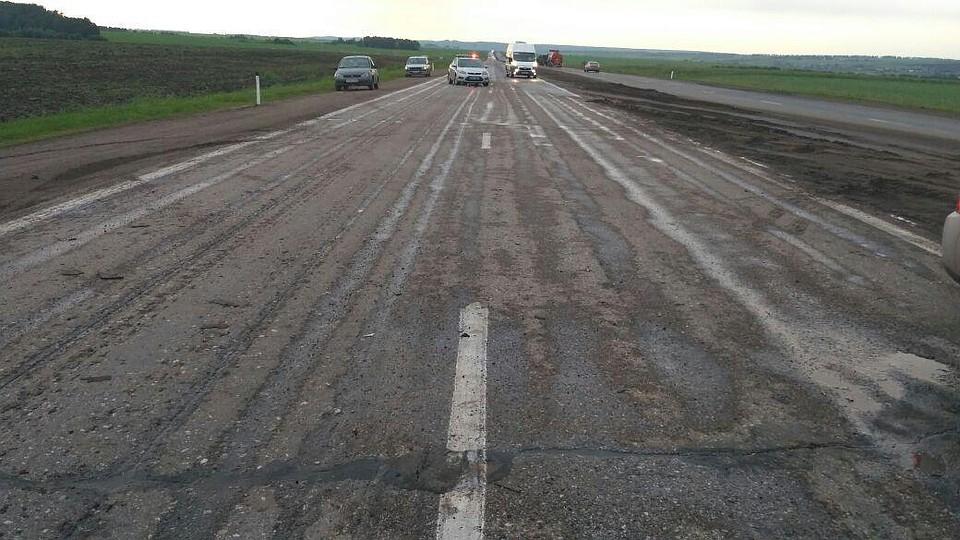ВБашкирии шофёр «десятки» при обгоне столкнулся спопутным «УАЗ
