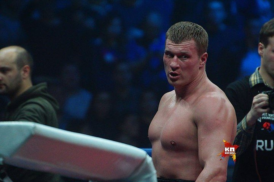 Поветкин в12 раундах победил украинского боксёра Руденко
