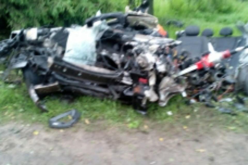 ВРыбинске вДТП умер 35-летний шофёр «Мерседеса»