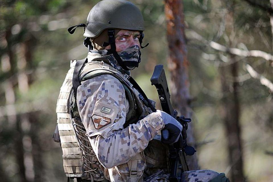 Опрос: Войны опасаются 62% латвийцев, 68% литовцев и45% эстонцев