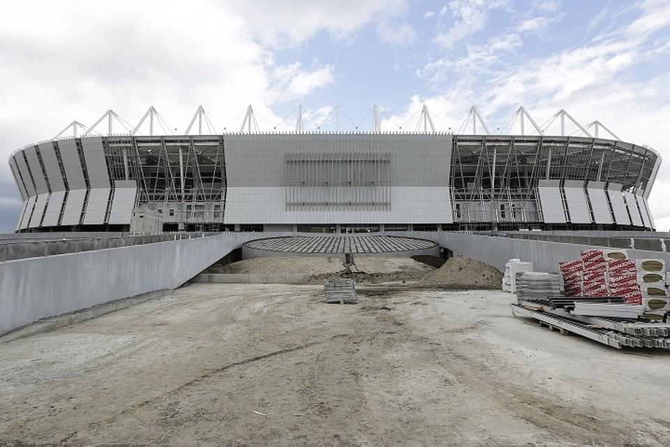 На «Ростов-Арене» завершена отсыпка футбольного поля песком 11июля 2017