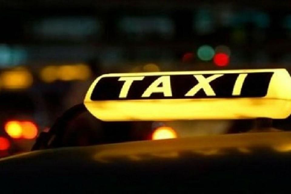 Петербургский таксист прыснул влицо 3-х летней девочке газовым баллончиком