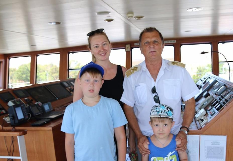 ВКрыму напаромной переправе 1августа ожидают 3-миллионного пассажира