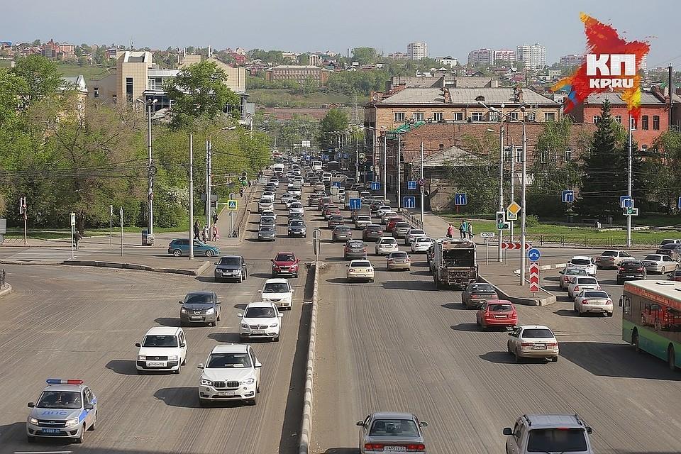 Нарушителей ПДД будут фиксировать камеры на18 перекрёстках вКрасноярске
