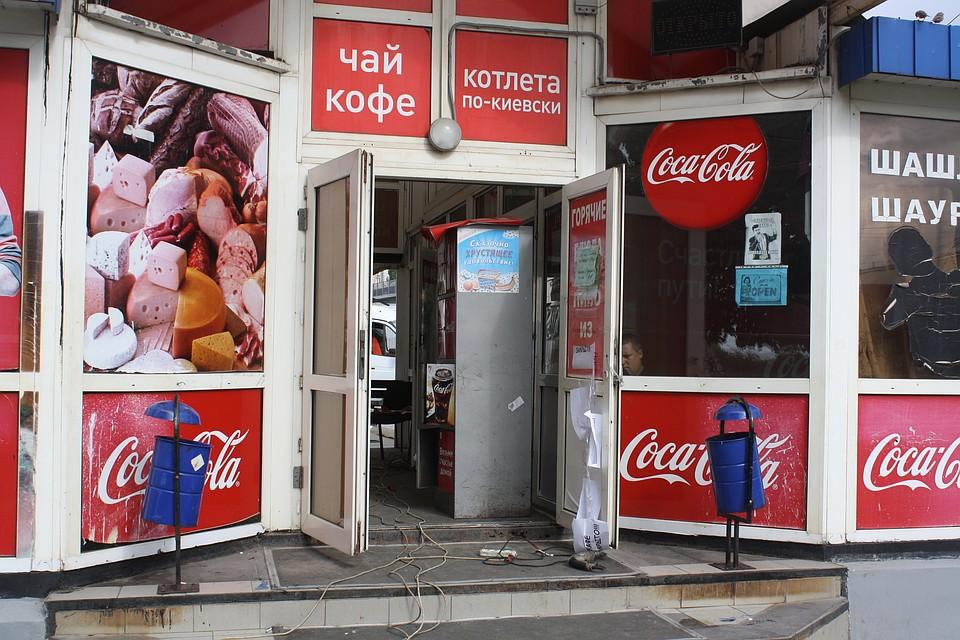 ВВолгограде начался снос незаконных ларьков наПривокзальной площади
