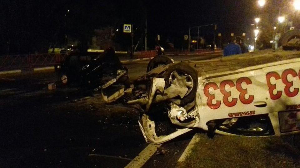 ДТП в российской столице: Такси протаранило иномарку, шофёр исчез