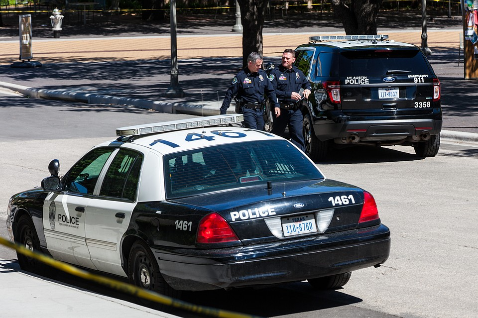 В итоге стрельбы вТехасе погибли 8 человек иранены двое полицейских