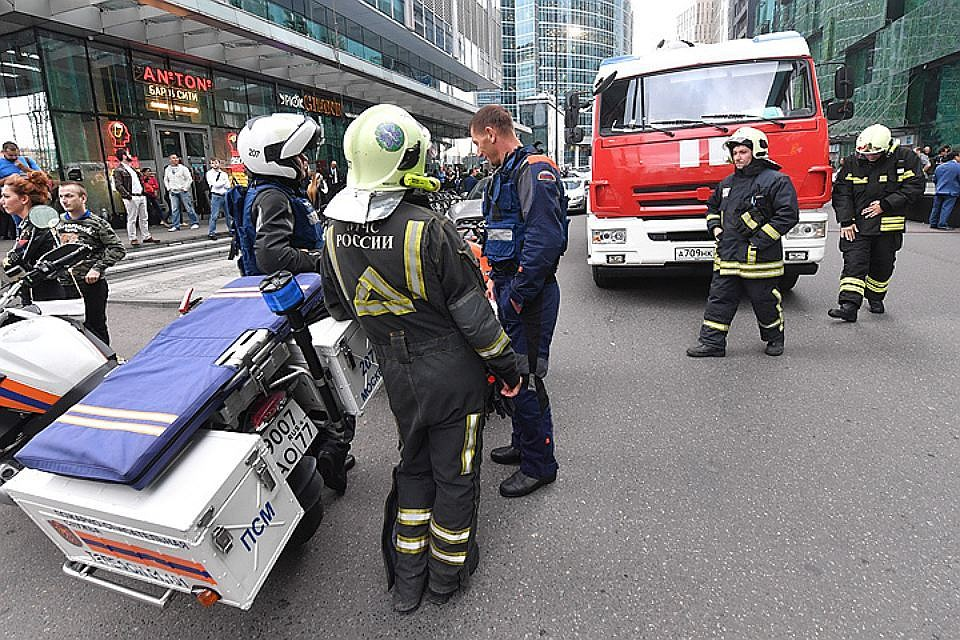 В столице эвакуируют большие торговые центры