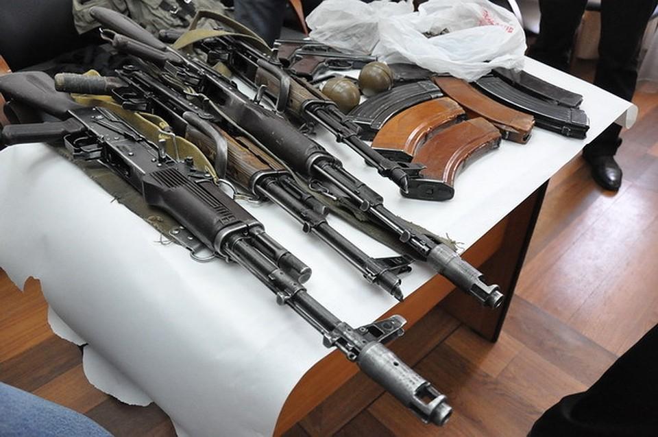 Корткеросский суд приговорил братьев Бондаренко уусловному сроку захранение оружия