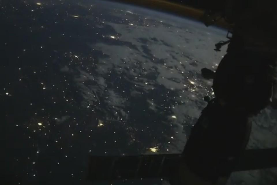 Вид с борта Международной космической станции