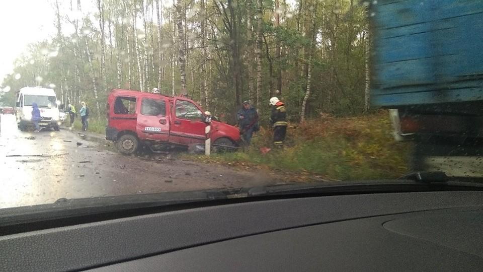 Перед Люблинским поворотом две машины вылетели вкювет— свидетели