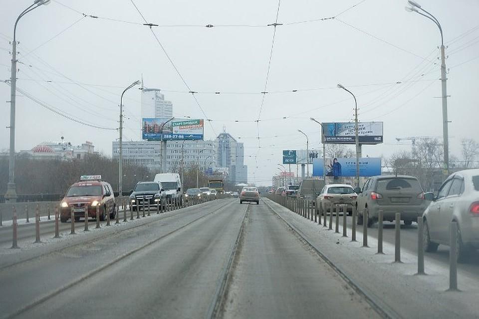 Екатеринбург «утонул» впробках после закрытия Макаровского моста