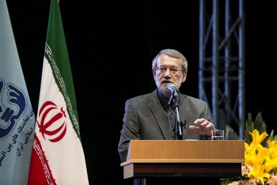 Иран объявил оготовности выйти изядерной сделки вслед заСША