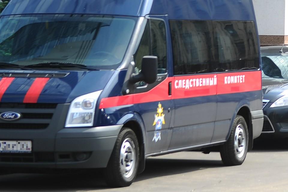 Жителя Омской области убило током, когда онсрезал провод