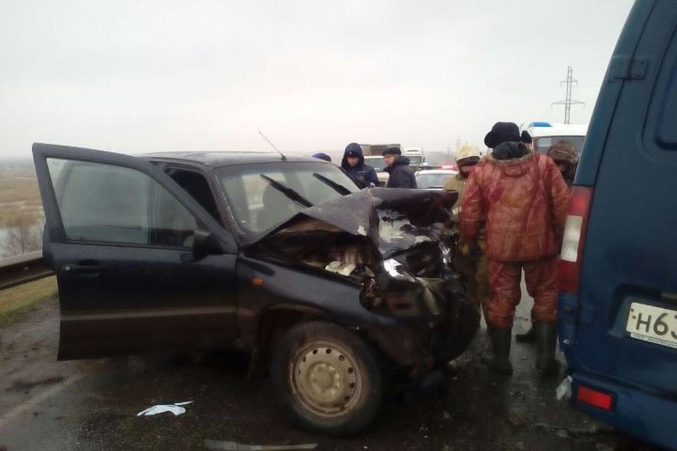 ВТатарстане 4 человека, втом числе двое детей, пострадали вДТП