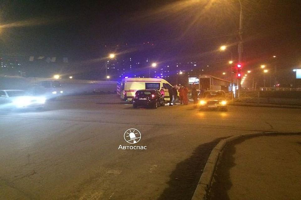 Беременная пассажирка ВАЗа пострадала вДТП с Ниссан вНовосибирске