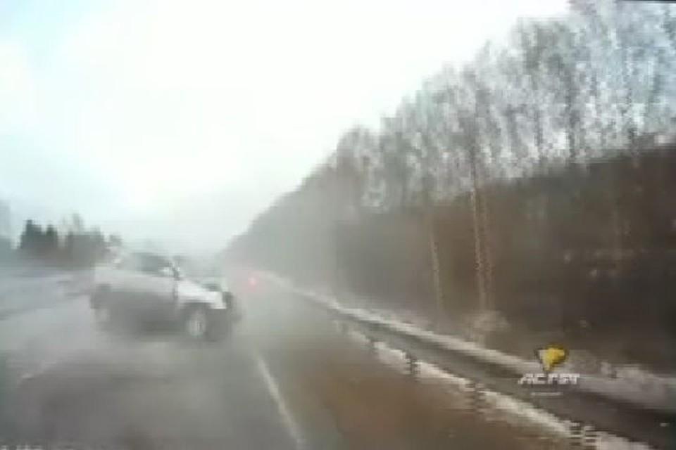 Три человека погибли при столкновении Лексуса иФорда вНовосибирской области