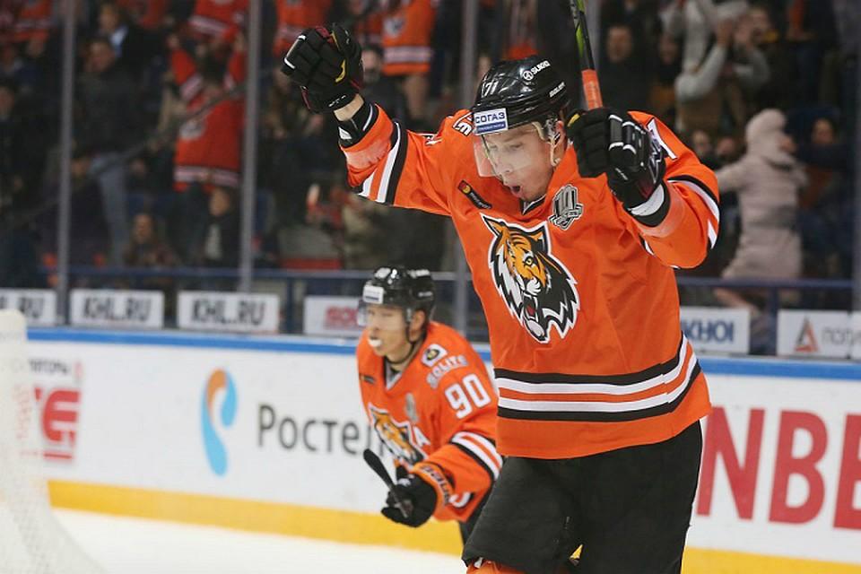 «Амур» одержал четвертую победу подряд вКХЛ, обыграв «Сочи»