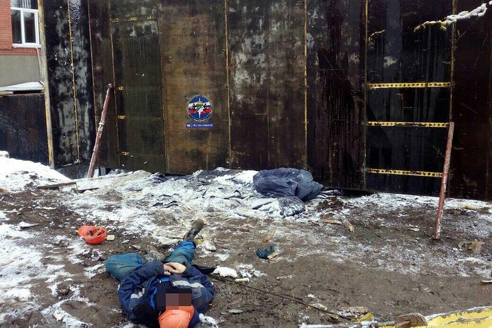 ВНовосибирске строителя насмерть раздавило железобетонной плитой