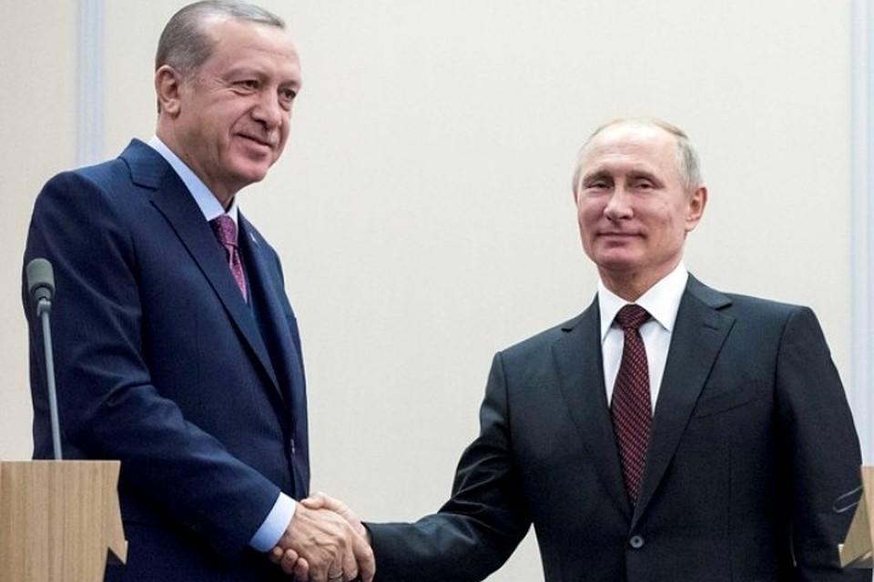 ВКремле поведали, очем будут разговаривать вСочи Путин иЭрдоган