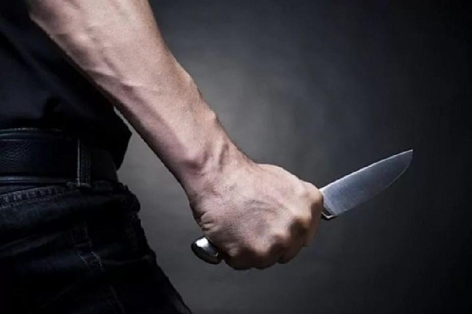 Мужчина зарезал собутыльника вХабаровске заобзывательство «гомосексуалистом»