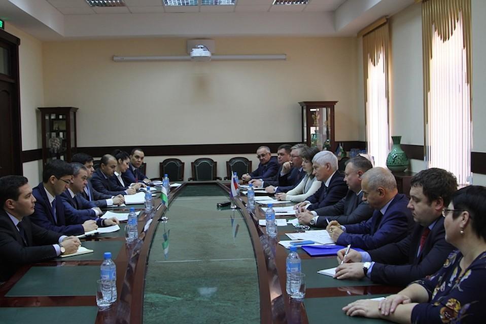 ВУзбекистан прибывает делегация Алтайского края
