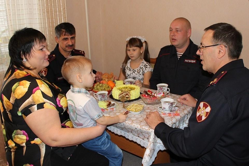 Саратовские росгвардейцы получили 17 служебных квартир