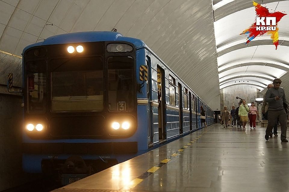 «Маяковская» ипереход на«Площадь Восстания» закрыты напроверку