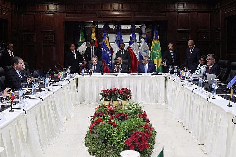 Переговоры властей иоппозиции Венесуэлы окончились безуспешно