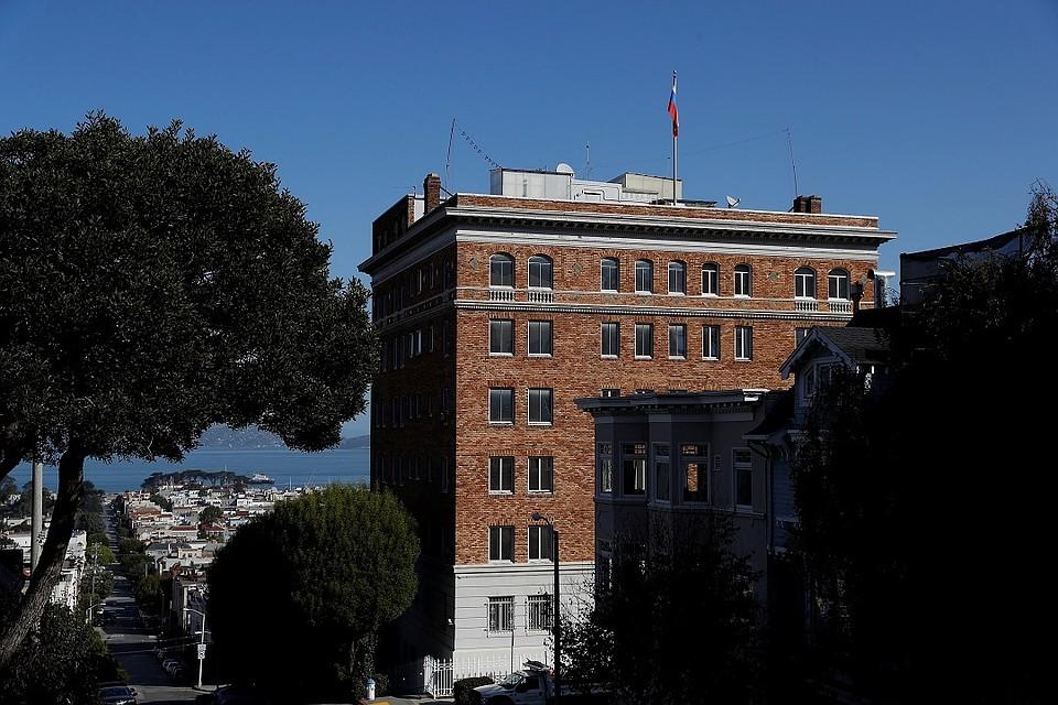 Американские консульства возобновляют собеседования навизы