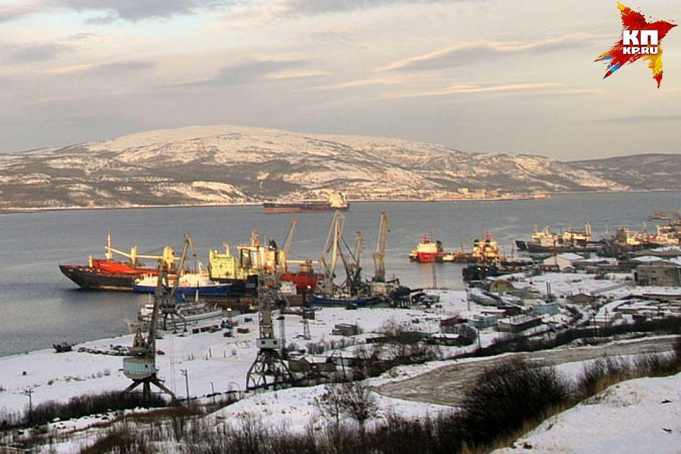 Соколов пообещал, что строительство порта вМурманске закончится к 2020г.