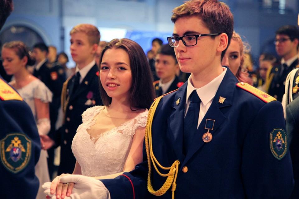 Оренбургские кадеты сегодня станцуют намеждународном Кремлевском балу