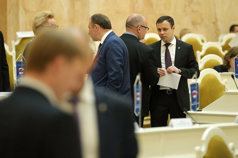 Народные избранники Петербурга смогут расследовать деятельность чиновников