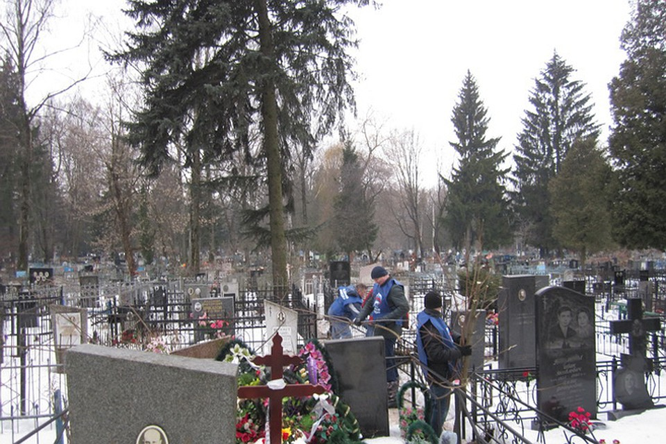 Накладбищах Брянска нехватает мест для погребений